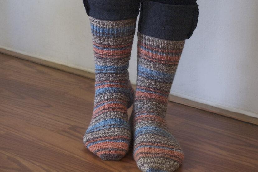hermiones-pumpkin-jacquard-socks_8972864825_o.jpg