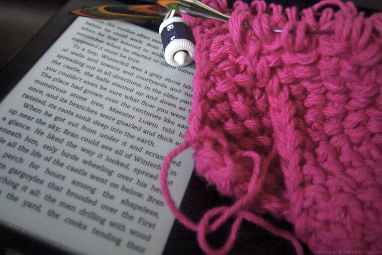 yarn-along-vi_10716980454_o.jpg