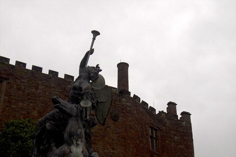 powis-castle-1_11978268733_o.jpg