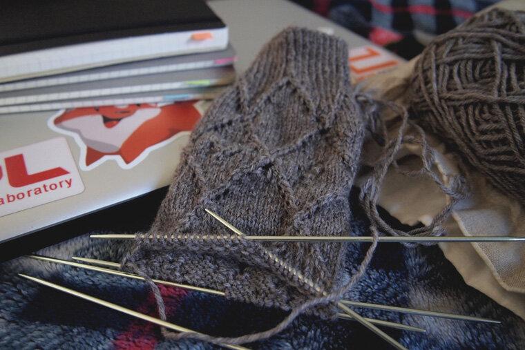 wip-lassie-socks-in-flax_16279996352_o.jpg